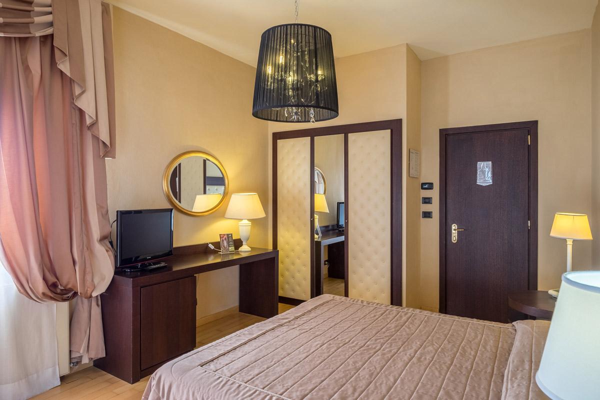 Grandezza Soggiorno : Hotel spa manzoni montecatini terme camere superior